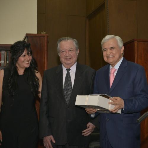 Premios al Mérito MOMENTOS 2014