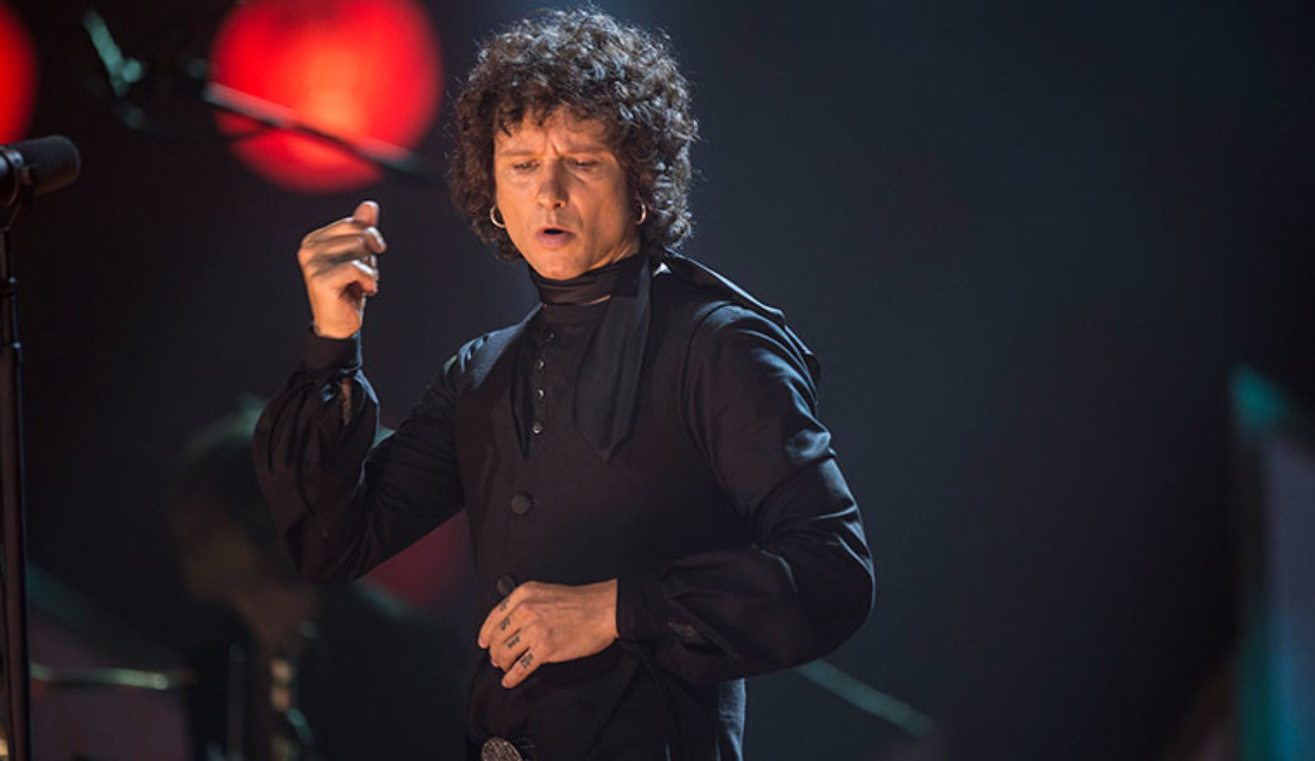 """MTV UNPLUGGED"" DE ENRIQUE BUNBURY"