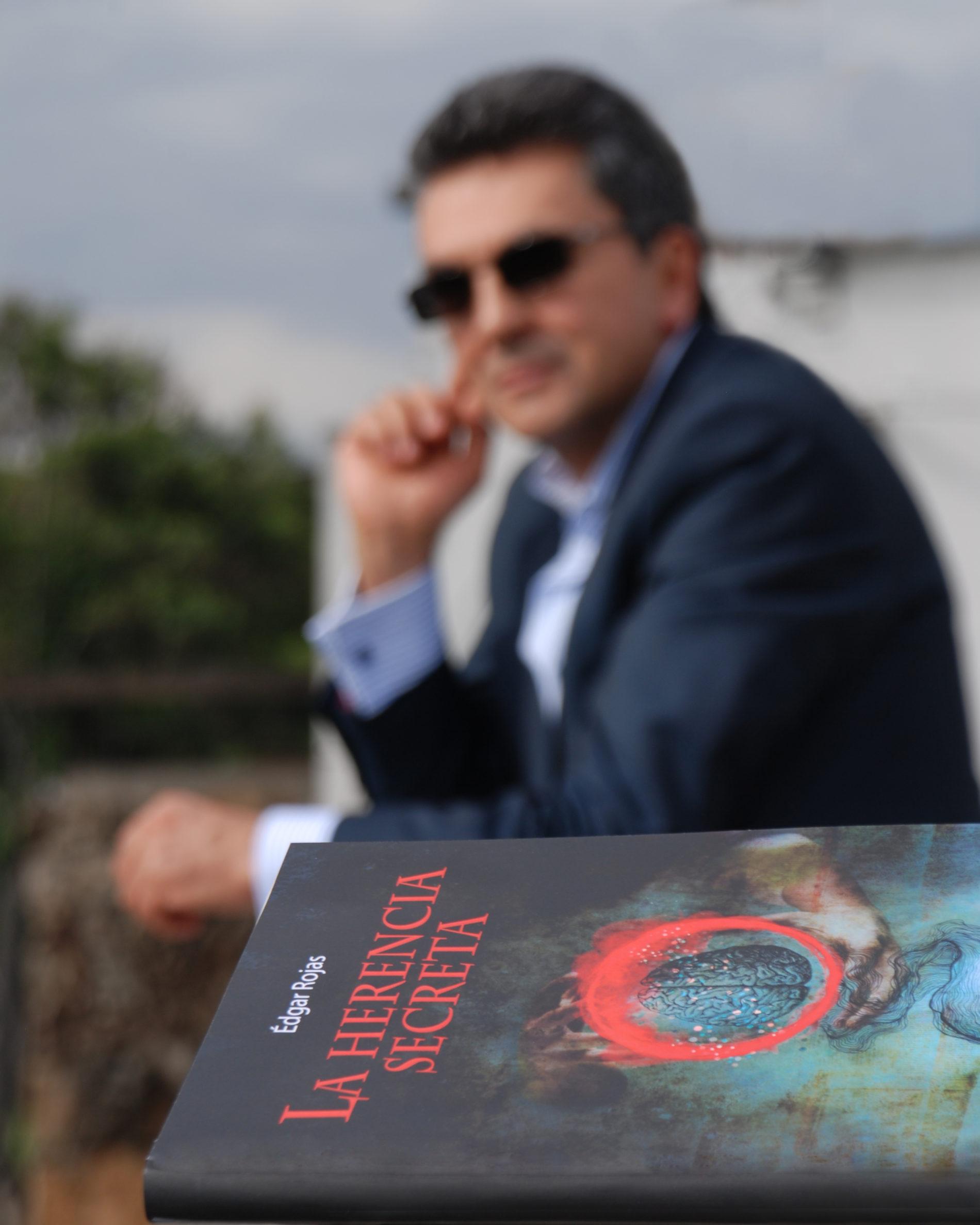 La Herencia Secreta: Una saga que descubre el Santo Grial de la paz mundial