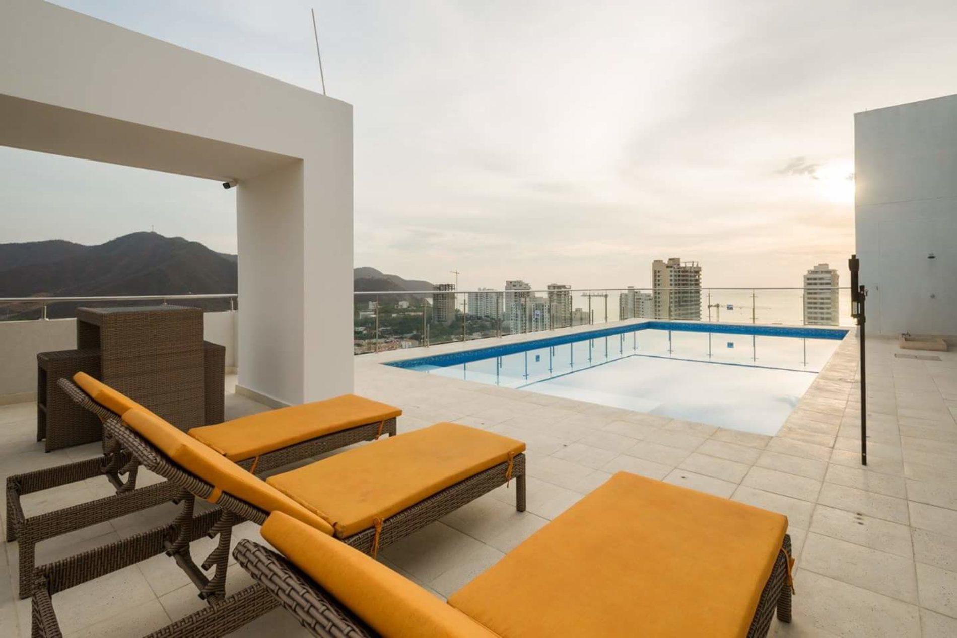 Con BEST WESTERN PLUS HOTEL celebra el cumpleaños de Santa Marta y La Fiesta del Mar