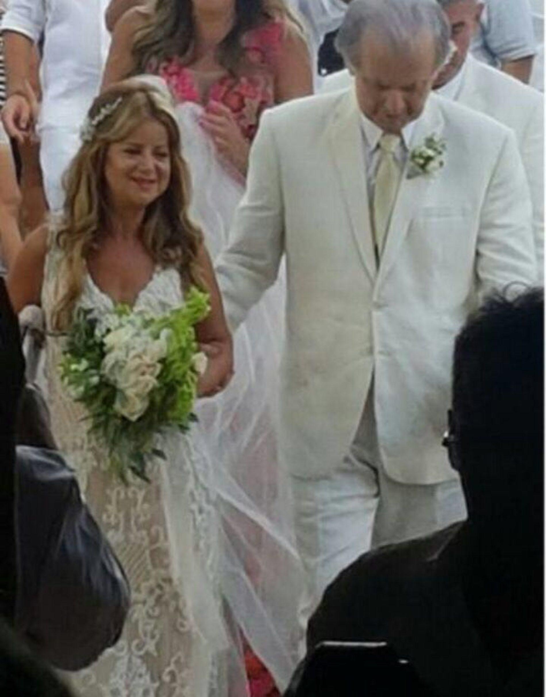 Imágenes exclusivas de la boda de la ministra Elsa Noguera