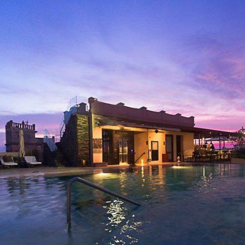 BASTION LUXURY HOTEL;  ARTE, ARQUITECTURA Y MAGIA PARA TUS SENTIDOS