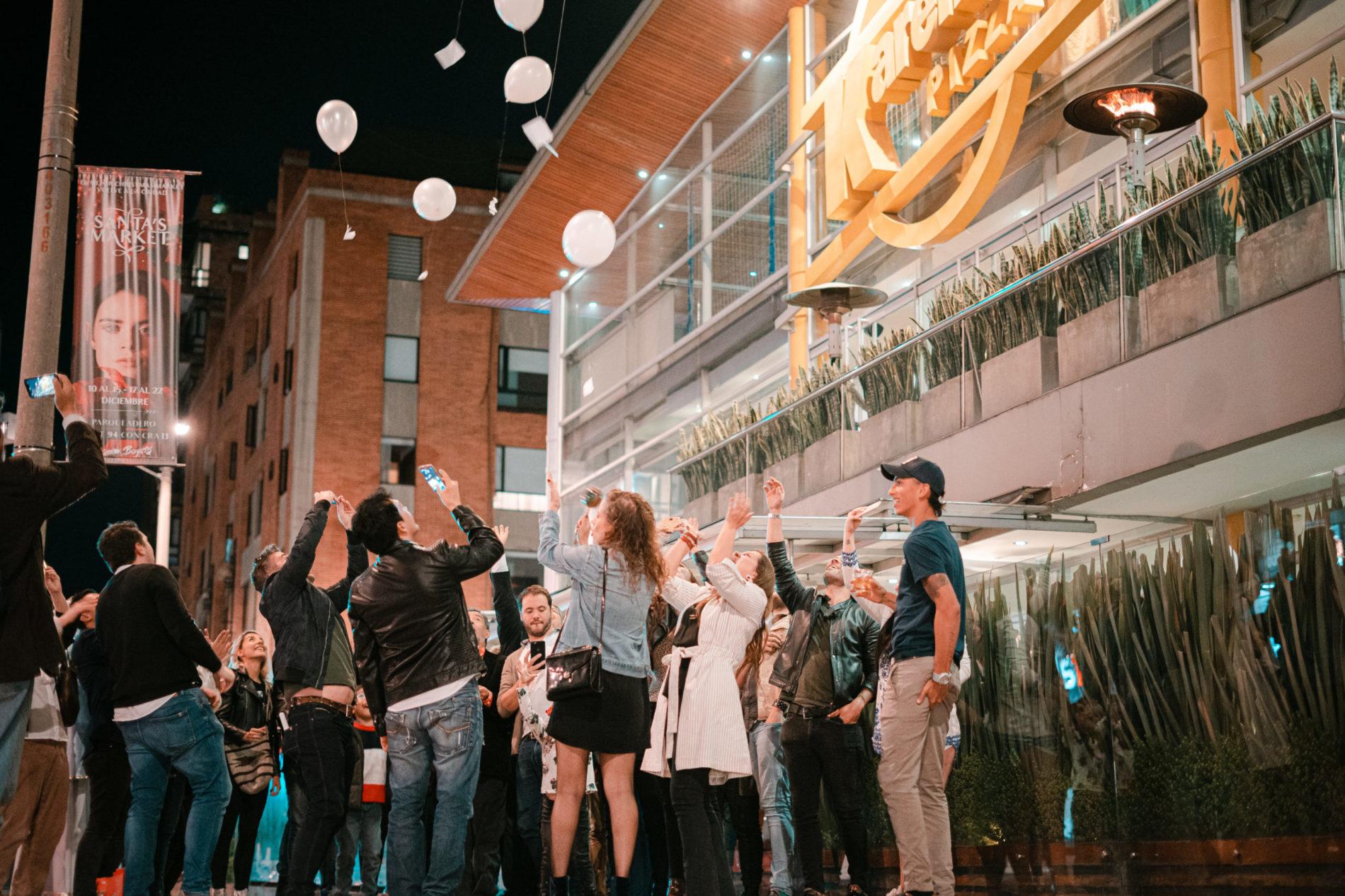 Noche de buenos deseos en Karen´s Pizza Bogotá