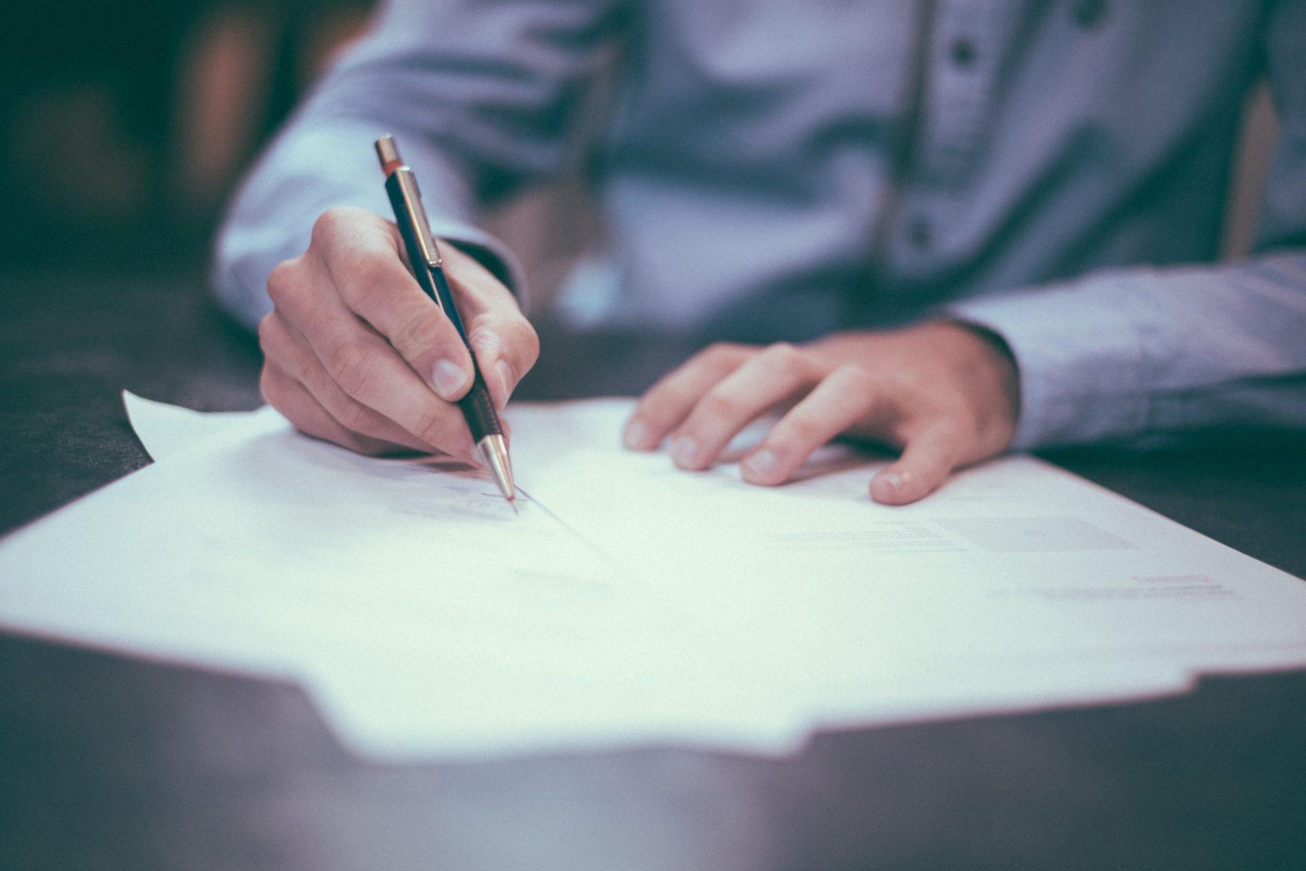 7 consejos prácticos para renegociar contratos de alquiler corporativo