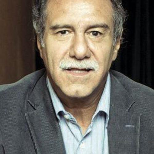 CONVERSATORIO CON EL CINEASTA VÍCTOR GAVIRIA