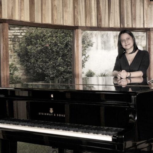 """Francy Montalvo, pianista colombiana, lanza su nuevo disco """"Desde Adentro"""""""