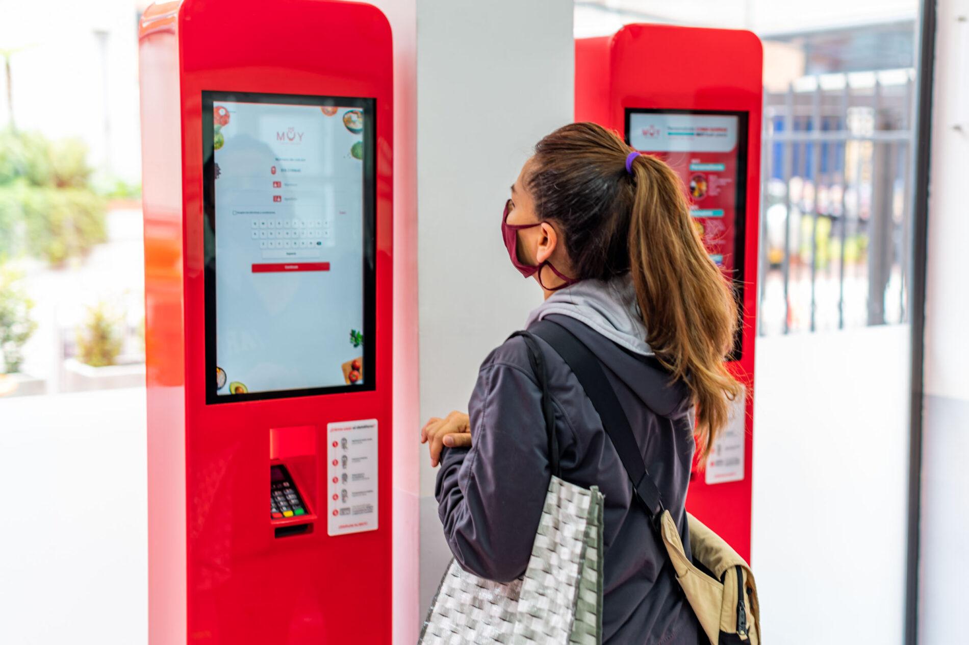MUY abre el primer restaurante completamente automatizado en Colombia