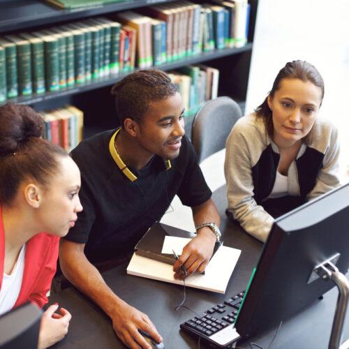 El futuro de la educación superior internacional: perspectivas de los expertos en la primera sesión de Korerorero