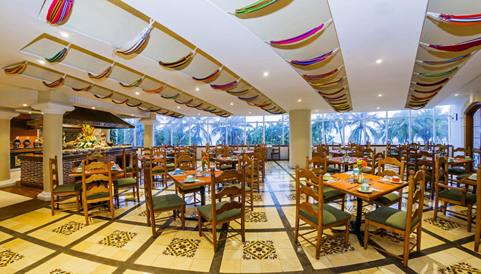 HOTEL ALMIRANTE CARTAGENA: PLENO DISFRUTE DE PLAYA, BRISA Y MAR