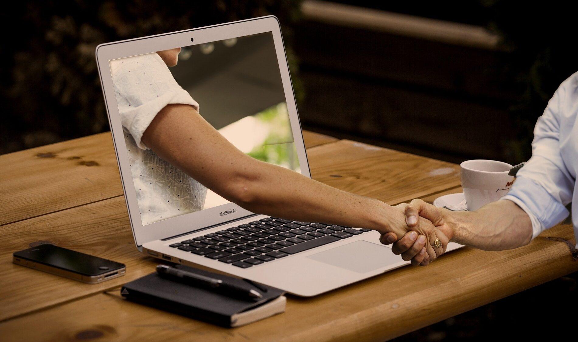 ¿Cómo el bienestar digital fomenta el equilibrio entre la vida personal y la profesional?
