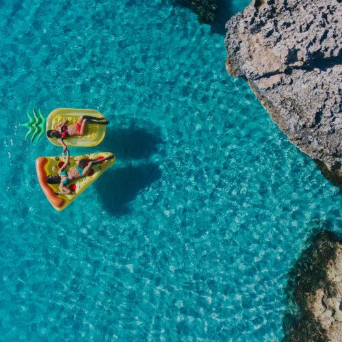 En el mes de la felicidad, Aruba extiende las promociones para sus visitantes