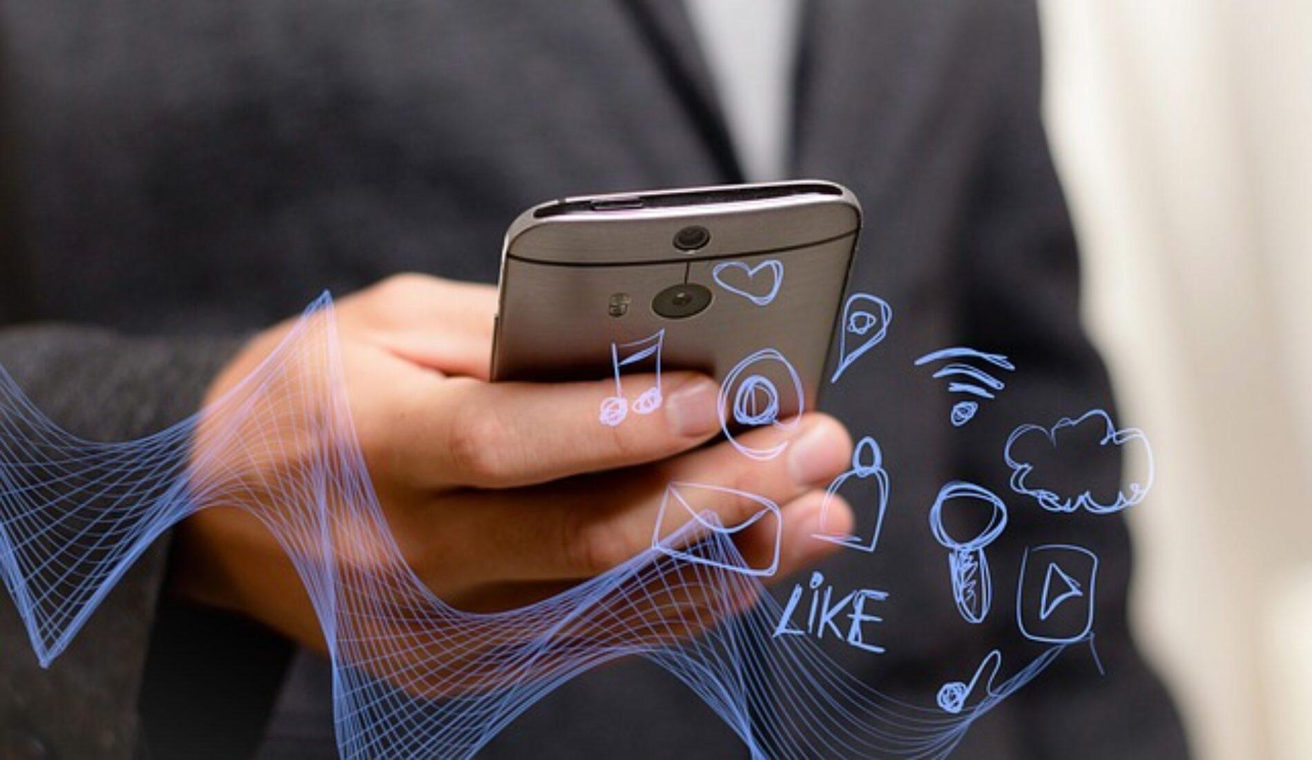 ¿Cuáles son los riesgos de que tus datos personales estén en Internet?