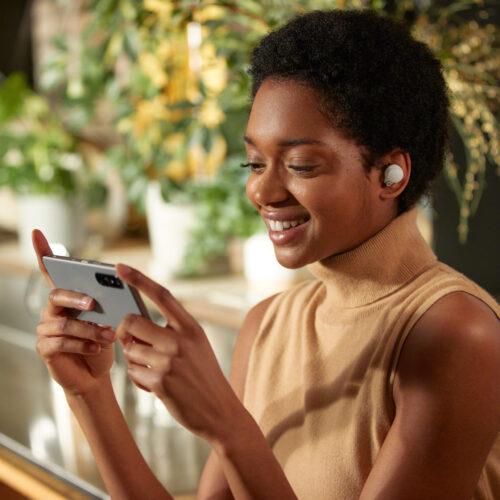 SoLos nuevos earbuds WF-1000XM4 de Sony, fijan un nuevo estándar de cancelación de ruido